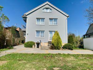 Prodej RD, zahrada, garáž, 3x parkovací stání, Brno Jehnice